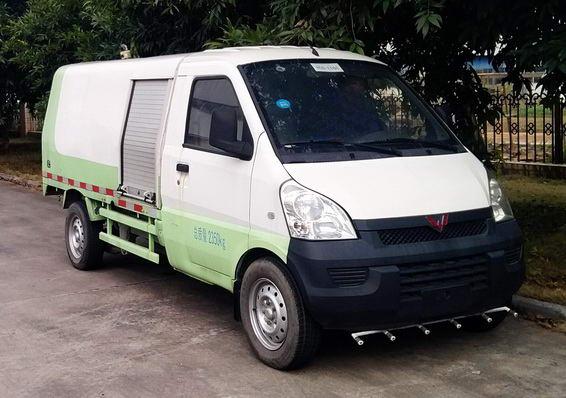 五菱牌LQG5029GXSPY清洗洒水车