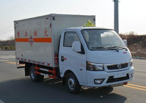 多士星牌JHW5032XRGE易燃固体厢式运输车