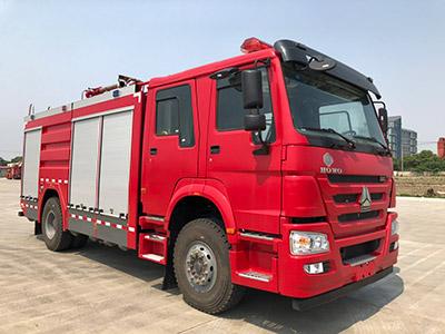 天河牌LLX5205GXFGP60/H干粉泡沫联用消防车